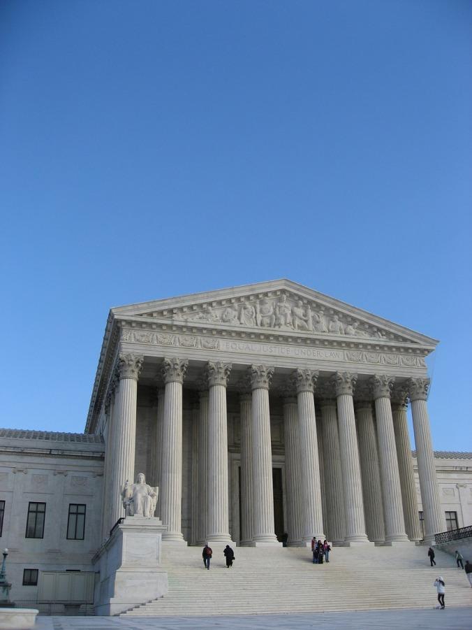supreme-court-1039653_1280